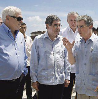 Martinelli, Arias und Uribe